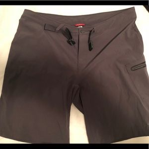 North Fave hybrid shorts